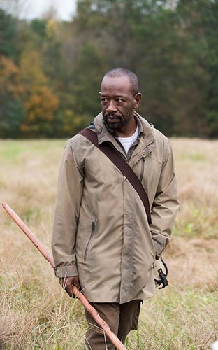 The Walking Dead Hintergrund possibly with a schütze and a green baskenmütze titled 6x15 ~ East ~ morgan