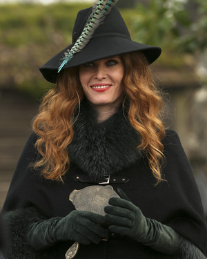 Once Upon a Time - Episode 5.18 - Ruby Slippers