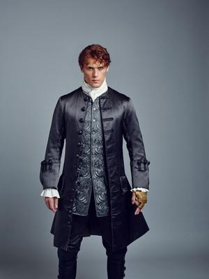 Outlander Jamie Fraser Season 2 Official Picture