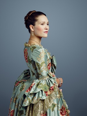 Outlander Louise de Rohan Season 2 Official Picture