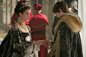 "Reign ""Succession"" (3x11) promotional picture"