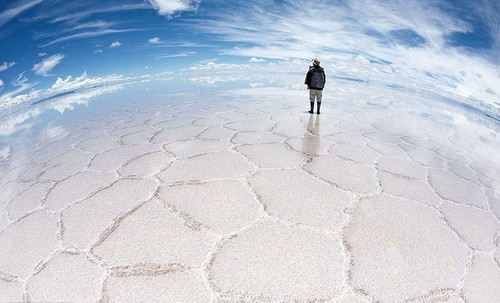 Earth planet wolpeyper entitled Salar de uyuni, bolvia
