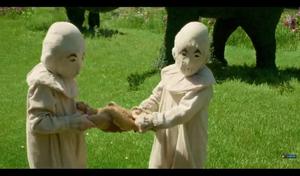 Screencap Miss Peregrine's utama for Peculiar Children Trailer