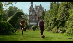 Screencap Miss Peregrine's Home for Peculiar Children Trailer