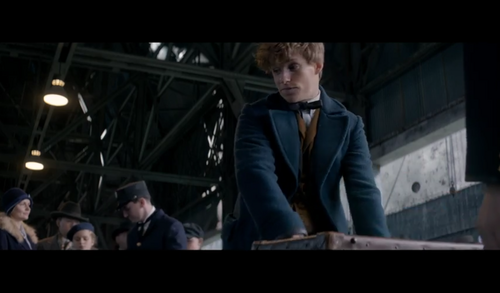 Fantastic Beasts and Where to Find Them wallpaper containing a business suit titled Screencaps Fantastic Beasts and Where To Find Them Teaser Trailer