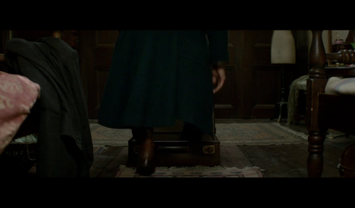 Fantastic Beasts and Where to Find Them fondo de pantalla probably containing a drawing room, a living room, and an abattoir entitled Screencaps - Fantastic Beasts and Where to FindThem Teaser Trailer