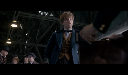 Fantastic Beasts and Where to Find Them wallpaper probably with a business suit and a concerto titled Screencaps - Fantastic Beasts and Where to FindThem Teaser Trailer
