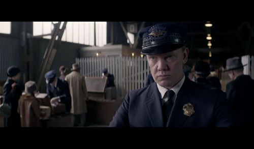 Fantastic Beasts and Where to Find Them wallpaper possibly with a business suit and dress blues entitled Screencaps - Fantastic Beasts and Where to FindThem Teaser Trailer