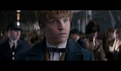 Fantastic Beasts and Where to Find Them wallpaper probably with a business suit entitled Screencaps - Fantastic Beasts and Where to FindThem Teaser Trailer
