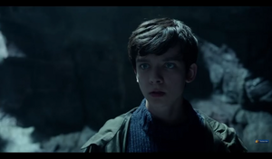 Screencaps Miss Peregrine's trang chủ For Peculiar Children Trailer