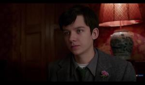 Screencaps Miss Peregrine's início For Peculiar Children Trailer