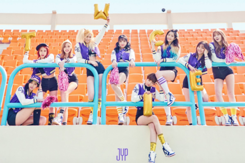Twice (JYP Ent) wallpaper called TWICE 'Cheer Up'