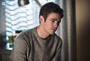 The Flash - Episode 2.18 - Versus Zoom - Promo Pics