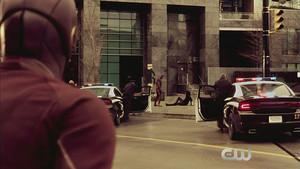 The Flash Season 2 Episode 17
