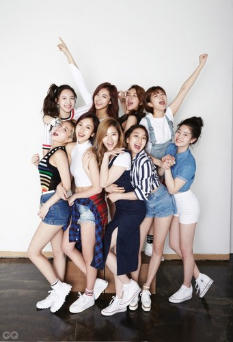 Twice (JYP Ent) wallpaper titled Twice for GQ Korea