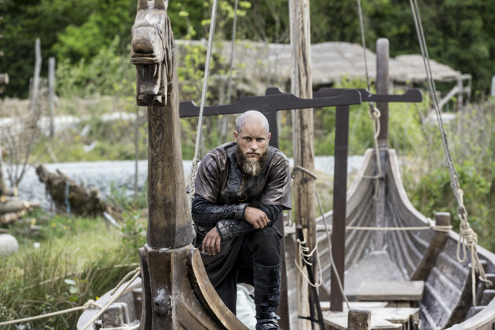 Vikings Season 4 Ragnar Lothbrok Official Picture