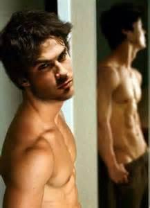 shirtless Ian ;)