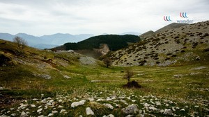 Mali me Gropa (Mountain with Holes), Albania