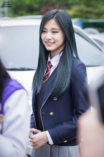 Tzuyu Chou wallpaper possibly containing a business suit called       ♥ Tzuyu ♥