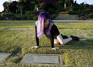 160131 bela lugosi grave la cemetery vampire tomb 3