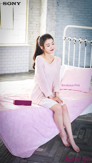 160419 IU for Sony Korea 보르도 핑크 Bordeaux roze