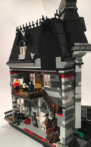 Addams Family Mansion 6300