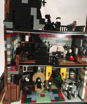 Addams Family Mansion 6303