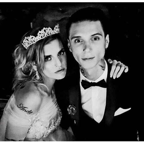 Black Veil Brides Imágenes Andy And Juliet ~April 16, 2016