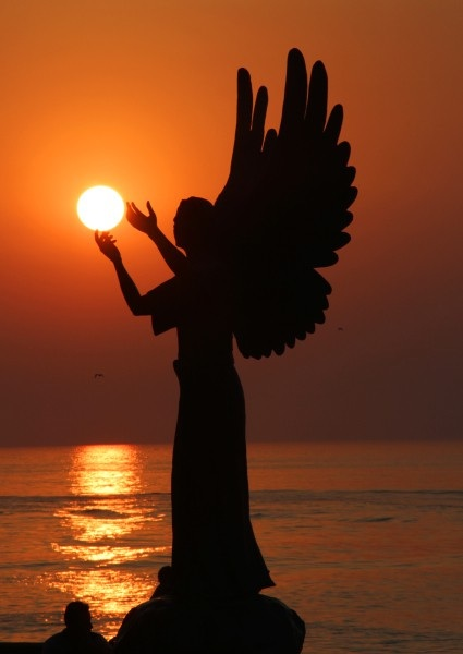 Angel of sun