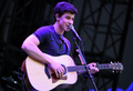 Awesome Shawn Mendes 壁纸