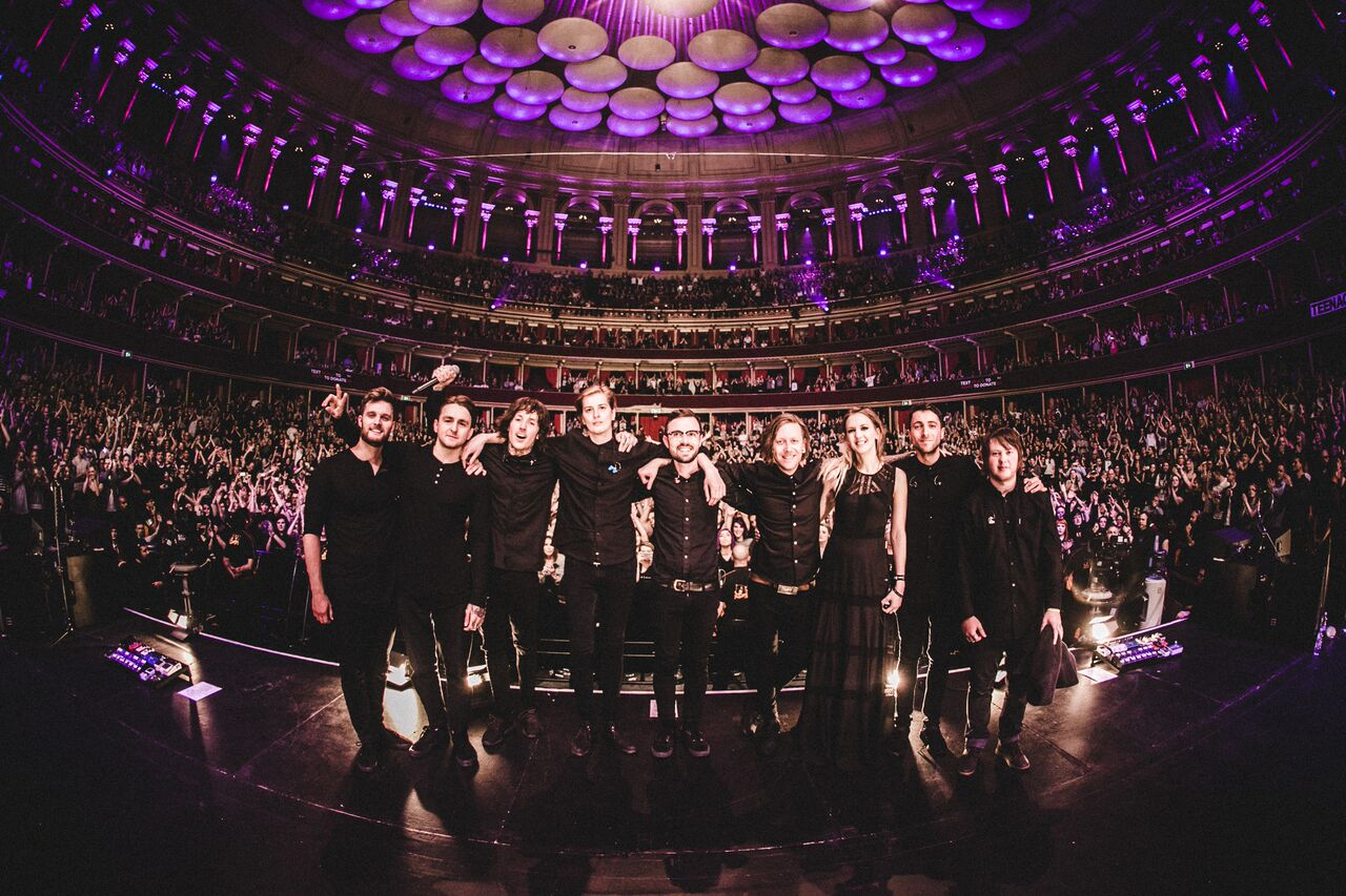 Bring Me The Horizon and Pvris at Royal Albert Hall montrer