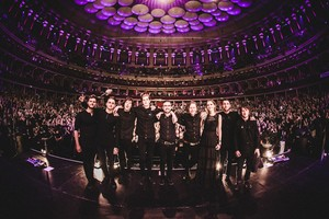 Bring Me The Horizon and Pvris at Royal Albert Hall tunjuk
