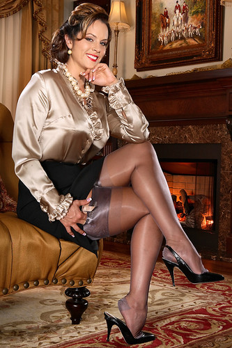 legs6969 wallpaper with a hip boot titled GREAT LEGS GREAT NYLONS