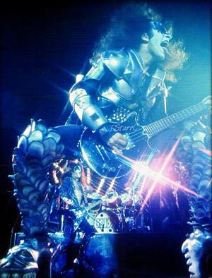 Gene ~Toledo Ohio…July 31, 1976 (Destroyer tour)