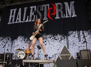 Halestorm in concierto