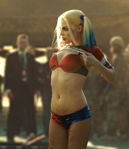 Harley Quinn wallpaper with a bikini called Harley Quinn