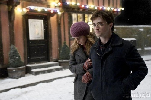 Hermione Granger wallpaper with a street called Hermione in HP7 Part 1 Promotional Stills