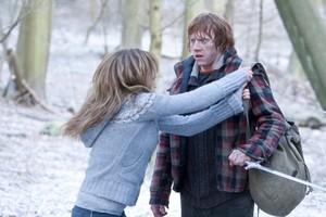 Hermione in HP7 Part 1 Promotional Stills
