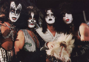 Kiss Meets the Phantom of the Park 1978