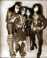 KISS (NYC) April 9, 1976 - kiss photo