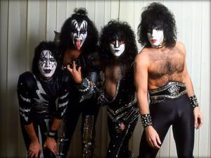 KISS ~Stockholm, Sweden…November 22, 1982 (Creatures)
