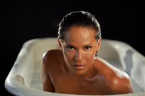 Lesley-Ann Brandt - In the Tub Photoshoot