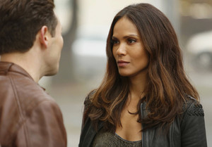 Lesley-Ann Brandt as Mazikeen in Lucifer - 'Pops'