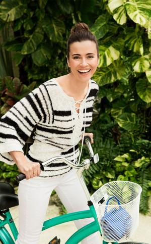 Linda Cardellini - Good Housekeeping Photoshoot - 2015
