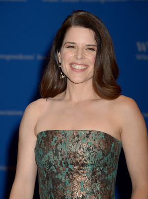 Neve Campbell 2016
