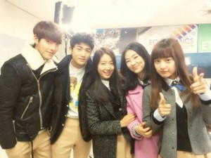 OffScreen Pic from The Heirs