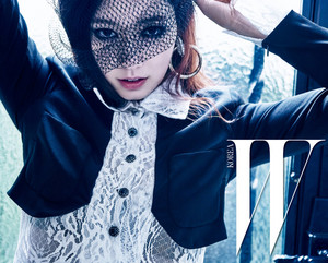 PARK SHIN HYE FOR W KOREA'S MAY 2016 ISSUE