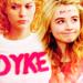 Peyton/Maya for Mooshie <3 - leyton-family-3 icon