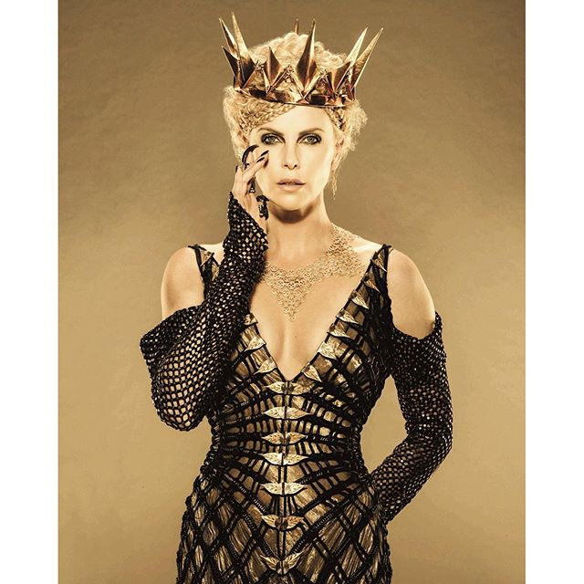 Queen Ravenna