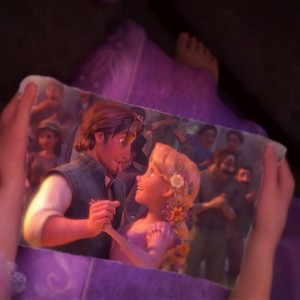 Rapunzel Holding Phito